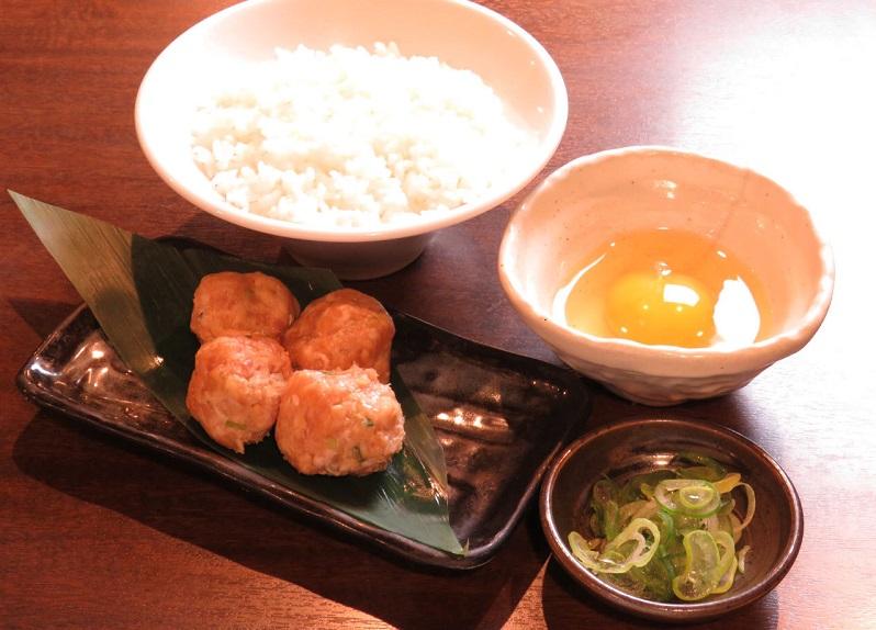 関内の居酒屋「とりいちず」で〆まで美味しいこだわりの水炊きを堪能!