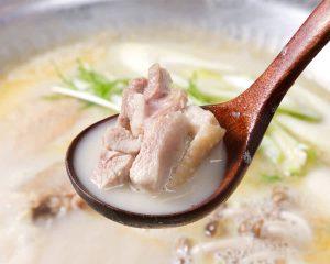 とりいちず食堂 関内店で味わえるコラーゲンたっぷり鍋